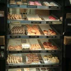 Photo taken at Dunkin' Donuts by Jo J. on 4/24/2012