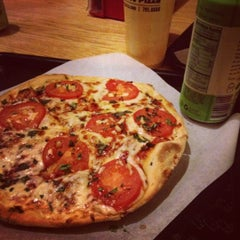 Photo taken at Austin's Pizza by Michael on 8/28/2012