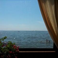 Photo taken at Ресторан на воде «Барракуда» by Sasha B. on 8/16/2012