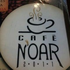 Photo taken at Café Noar by Romário M. on 8/27/2012