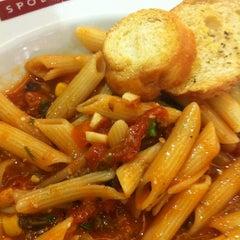 Photo taken at Spoleto Culinária Italiana by Elian B. on 3/31/2012