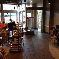Photo taken at Starbucks by 514eats on 8/28/2012