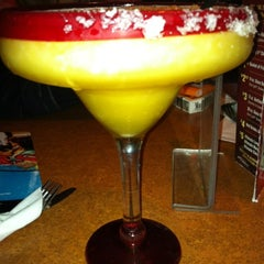 Photo taken at TGI Fridays by Annamarie T. on 8/6/2012