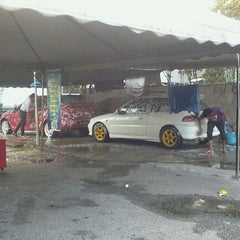 Photo taken at RS Carwash by Cemey M. on 3/31/2012