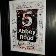 Photo taken at Abbey Road Tavern & Grill by Donna P. on 8/11/2012