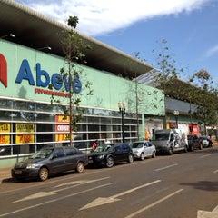 Photo taken at Shopping Avenida Center by Allysson Falcon on 7/31/2012