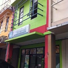 Photo taken at Teh mayang klinik alternatif by Adi G. on 4/8/2012