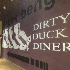 Photo taken at Bebek Bengil (Dirty Duck Diner) by Christianto on 8/19/2012