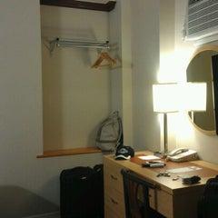 Photo taken at Cosmopolitan Hotel - TriBeCa by Jen H. on 6/3/2012