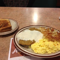 Photo taken at Denny's by Andre J. on 6/3/2012