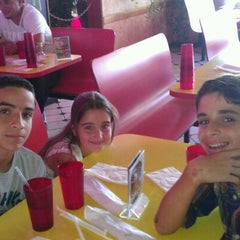Photo taken at Rey's Pizza by Sixto Rafael V. on 8/19/2012