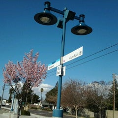 Photo taken at VTA Hostetter by Momo L. on 2/27/2012