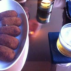 Photo taken at Restaurante Bobo by Alvaro S. on 3/30/2012
