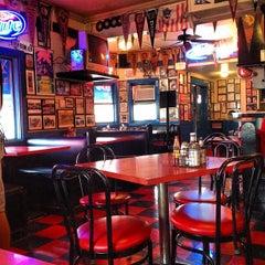 Photo taken at Hut's Hamburgers by Cordaro on 2/15/2012