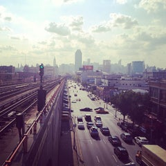 Photo taken at Queens Blvd by Kevin B. on 5/29/2012