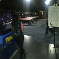 Photo taken at Brewball Pool Club & Bar by subarulimited on 9/6/2012