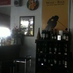 Photo taken at Munich Wine&bar by Natalia on 7/25/2012