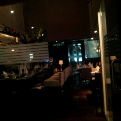 Photo taken at Eloise, chic cuisine by Angel G. on 9/8/2012