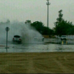 Photo taken at دوار العوير al awer roundabout by jooj . on 7/9/2012