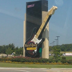 Photo taken at Hard Rock Hotel & Casino by Cherish K. on 6/30/2012