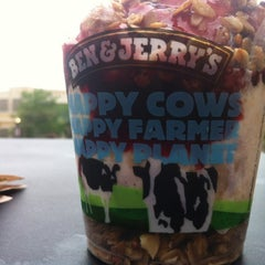 Photo taken at Ben & Jerry's by Wonder W. on 7/13/2012