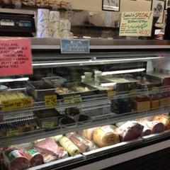 Photo taken at Hollingshead's Delicatessen by Michelle R. on 8/15/2012