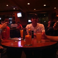 Photo taken at Houlihan's by Mark H. on 4/21/2012