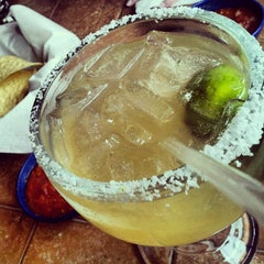 Photo taken at On The Border Mexican Grill & Cantina by Saundra M. on 8/11/2012