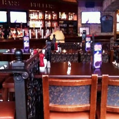 Photo taken at Elephant & Castle Pub and Restaurant by Anna I. on 4/15/2012