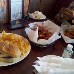 Photo taken at Main Street Wings by APRIL on 5/15/2012