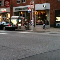 Photo taken at Starbucks by Pedro C. on 7/22/2012