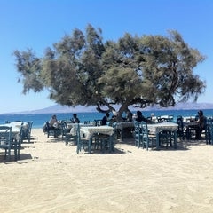 Photo taken at Paradiso Taverna by Jean-Michel D. on 8/29/2012