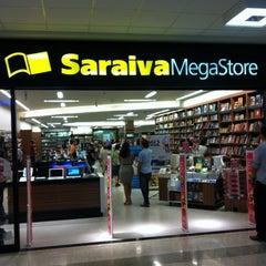 Photo taken at Saraiva MegaStore by Paulo L. on 4/27/2012