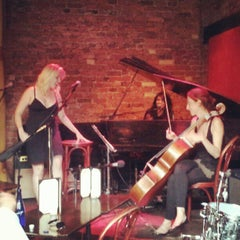 Photo taken at Rockwood Music Hall by Srikala R. on 6/25/2012