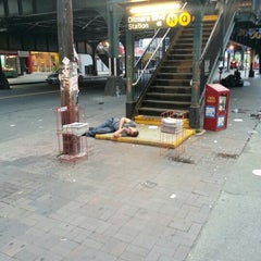 Photo taken at MTA Subway - Astoria/Ditmars Blvd (N/Q) by Len C. on 7/23/2012