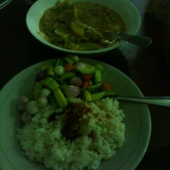 """Photo taken at Sop & Soto Sumsum """"Agus"""" by Jarot D. on 4/22/2012"""