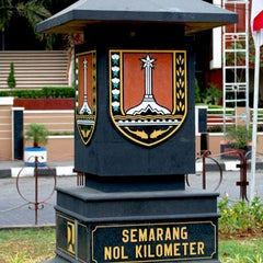 Photo taken at Semarang Nol Kilometer by Aan P. on 3/6/2012