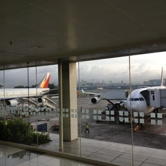 Photo taken at Philippine Airlines by Stanley N. on 8/24/2012