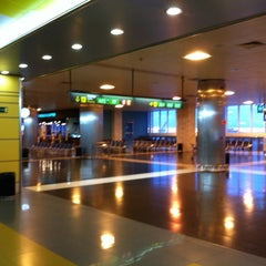 Photo taken at Aeropuerto de Gran Canaria (LPA) by Luca G. C. on 8/17/2012