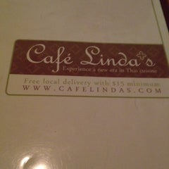 Photo taken at Cafe Linda's by Bee 7. on 3/26/2012