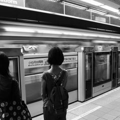 Photo taken at 捷運台北車站 MRT Taipei Main Station by Clement C. on 8/20/2012