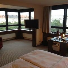 Das Foto wurde bei Sheraton Munich Westpark Hotel von Christian P. am 9/4/2012 aufgenommen