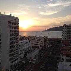 Photo taken at Horizon Hotel by Sharifah S. on 3/29/2012