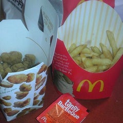 Photo taken at McDonald's by Isabella M. on 2/2/2012