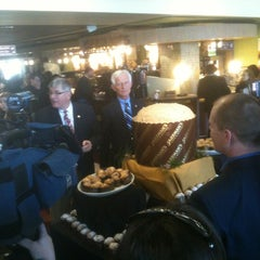 Photo taken at Jazzman's Café & Bakery by Ryan Y. on 3/27/2012
