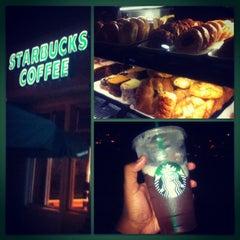 Photo taken at Starbucks by Maurice J. on 8/15/2012