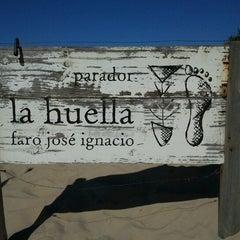 Photo taken at Parador La Huella by Cassius S. on 3/4/2012