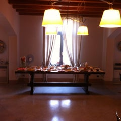 Photo taken at Relais Casa Mirabile by Tommy C. on 8/8/2012