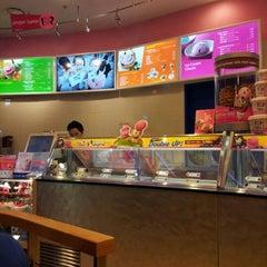 Photo taken at Baskin Robbins 31 by Rafael R. on 6/3/2012