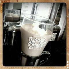 Photo taken at Johnny Rockets by Brian P. on 2/14/2012